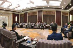 湖南省长许达哲会见波兰前总统科莫罗夫斯基阁下与总统有话说汪安迪一行